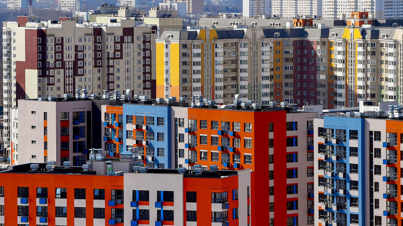 Льготная ипотека, вакцинация иностранцев и поддержка бизнеса: Путин утвердил перечень поручений по итогам ПМЭФ
