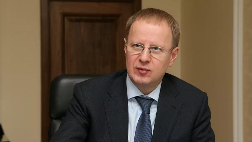 Переболевший COVID-19 губернатор Алтайского края сделал прививку