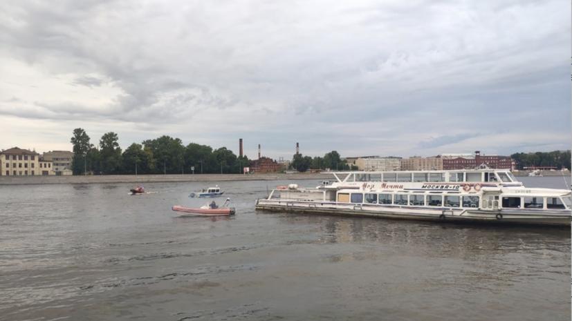 В Петербурге прокуратура начала проверку из-за инцидента с теплоходом