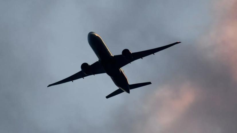 Кабмин выделит 1,58 млрд рублей на авиаперевозки между регионами ДФО