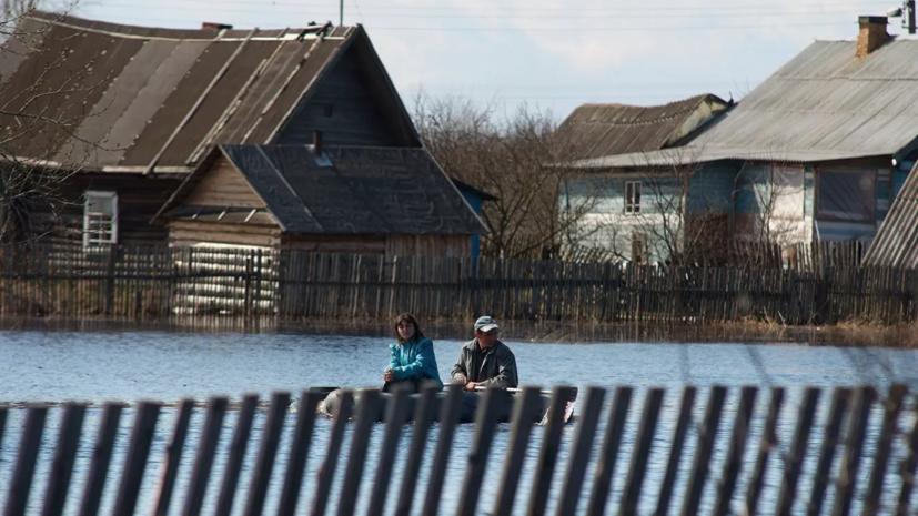 Более 135 человек находятся в зоне подтопления в Новгородской области