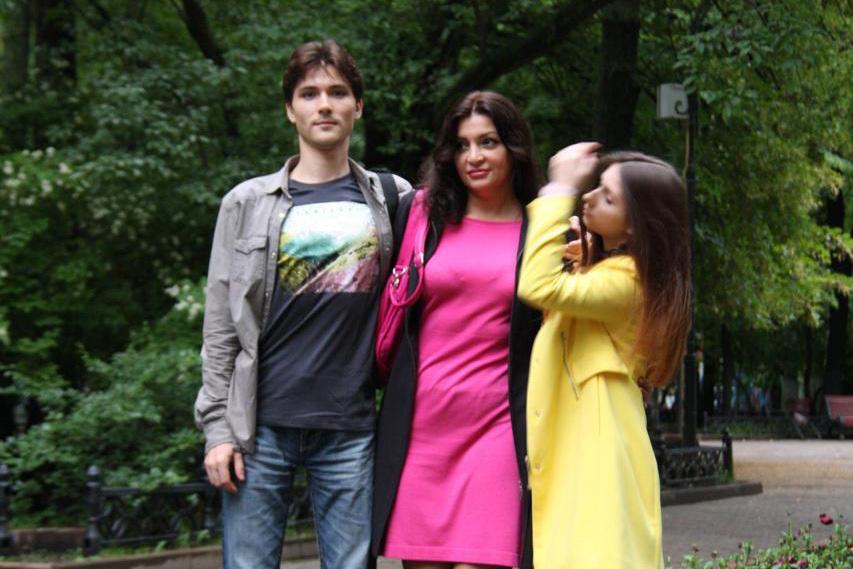 «Всё вынесли, что-то вообще украли»: у москвички и её родных пытаются отнять квартиру2