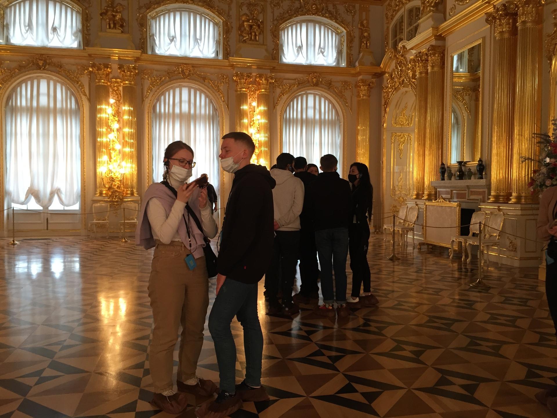 «Магазины сильно просели по выручке»: как живёт российский туризм без китайцев1
