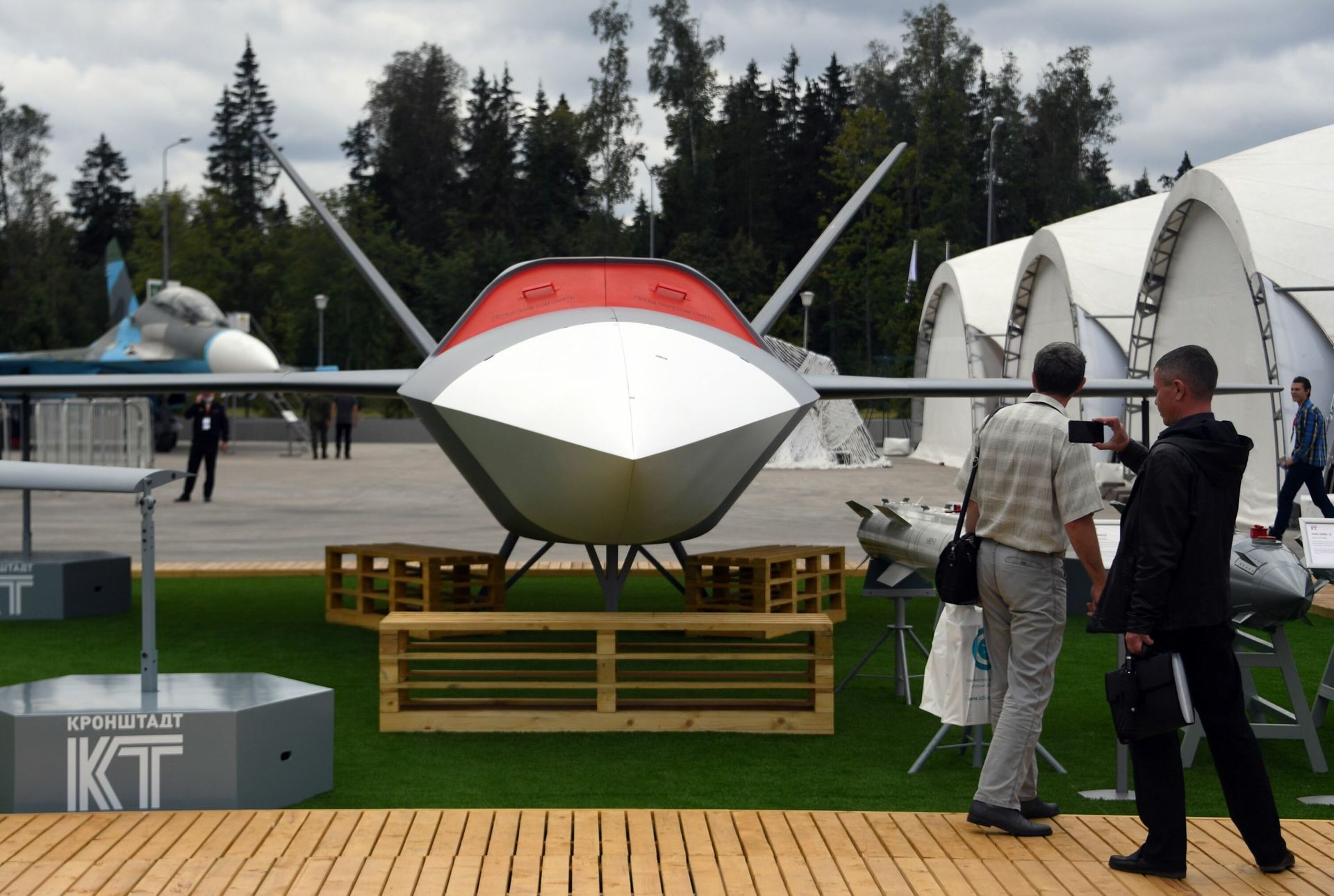 «Большая номенклатура беспилотных систем»: как Россия реализует программу по созданию боевых роботов3