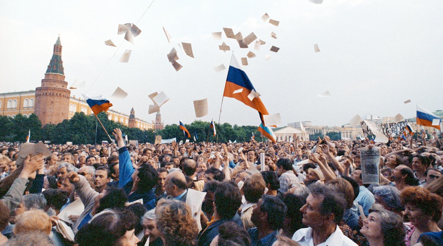 «Оценка его фигуры ещё впереди»: политики и общественные деятели — о роли Бориса Ельцина в истории современной России1