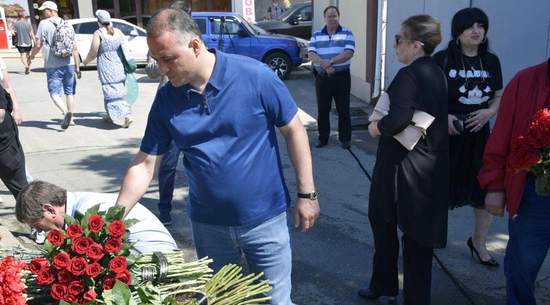 «Не раскаялся»: суд арестовал открывшего огонь по приставам жителя Сочи до 9 августа3