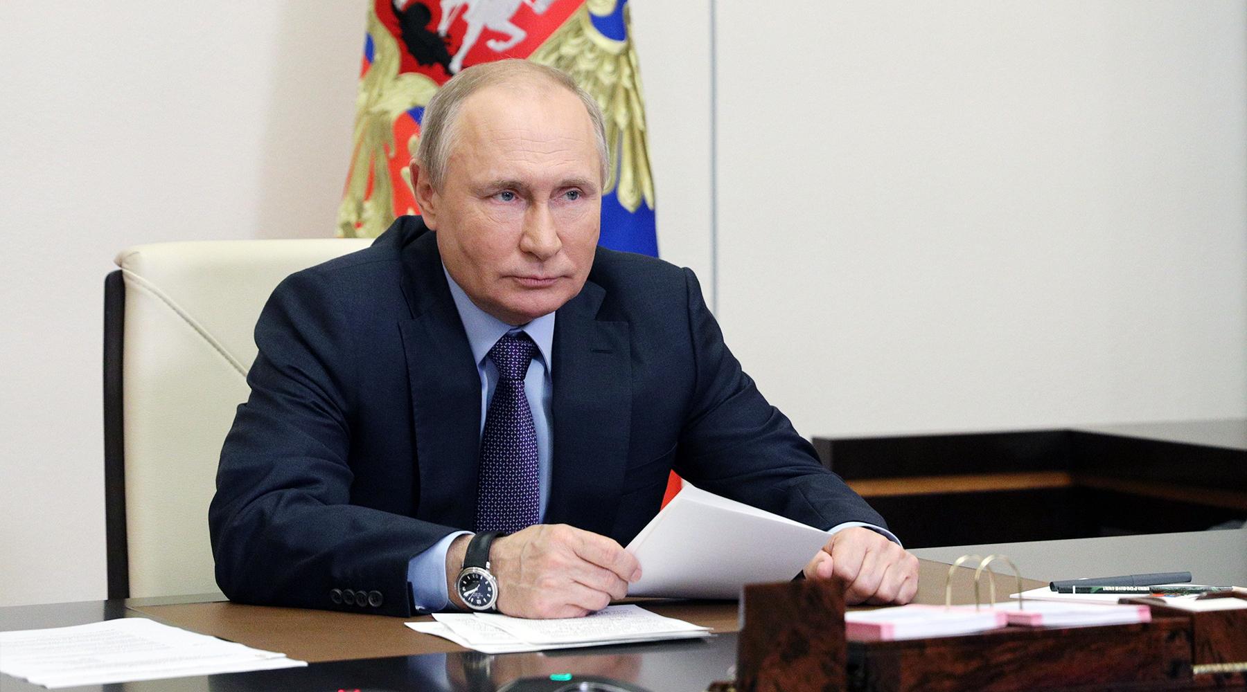 «Без привлечения средств населения»: Путин подписал закон о бесплатном подведении газопровода до участков граждан1