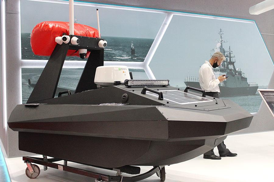 От торпед до беспилотников: какая техника представлена на военно-морском салоне в Петербурге2