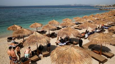 В Греции одобрили въезд привитых вакциной Спутник V туристов