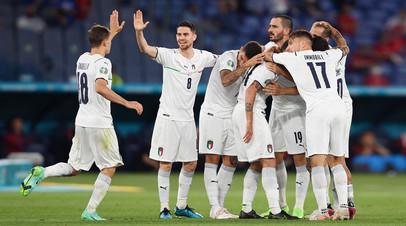 Разгромное начало: Италия забила три безответных мяча Турции в первом матче Евро-2020