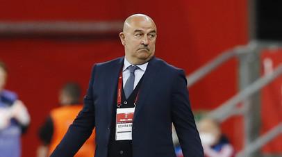 Черчесов рассказал, почему сборная России не встала на колено перед матчем с Бельгией