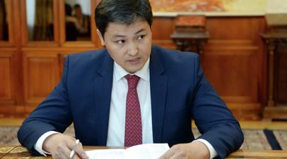 Премьер Киргизии сделал прививку от коронавируса