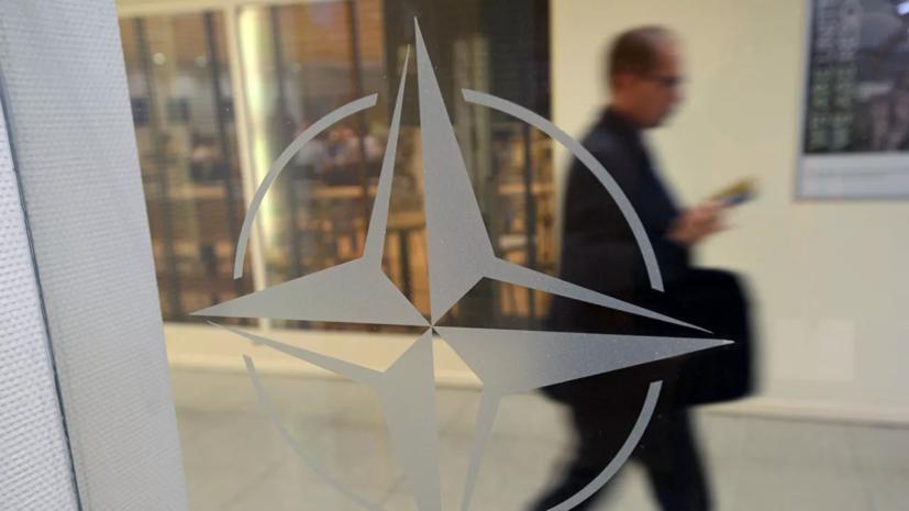 Песков заявил о дестабилизирующей роли НАТО