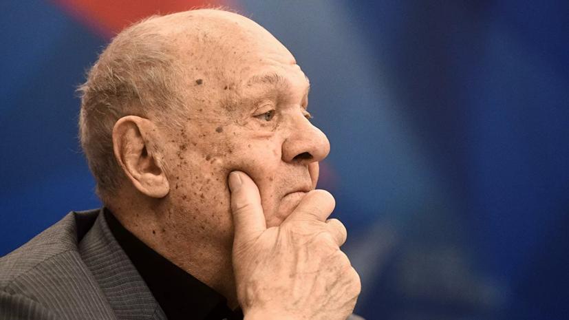 В Кремле выразили соболезнования в связи со смертью Меньшова