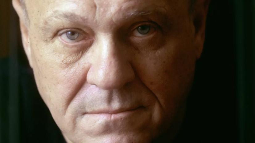 Жигунов назвал Меньшова потрясающим артистом и большим режиссёром