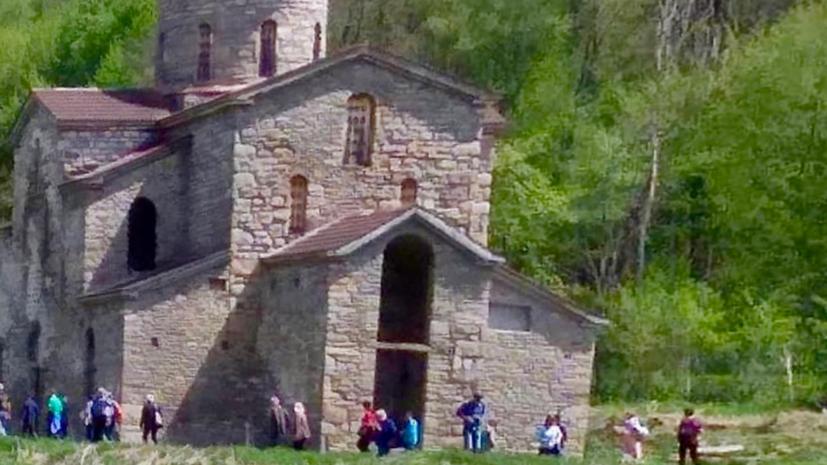 Во время раскопок в Карачаево-Черкесии найдены фрагменты древнего храма