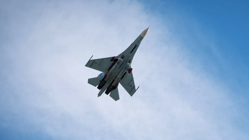 Су-27 сопроводил самолёт-разведчик Франции над Балтийским морем