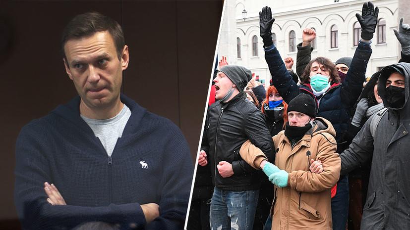 «Либерализм на словах, на деле — тоталитарная секта»: бывший соратник Навального — о внутренней кухне оппозиции