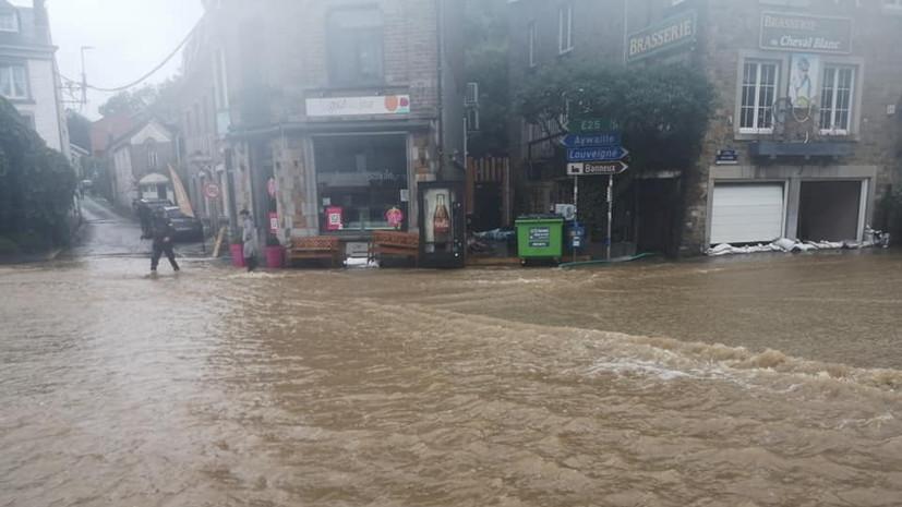 Число жертв наводнений в Бельгии увеличилось до 15