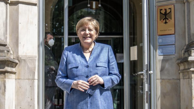 «Не нашли общего языка»: почему в Киеве обвинили Меркель в сдаче украинских интересов в пользу России