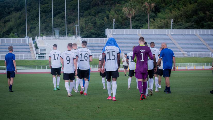 Олимпийская сборная Германии по футболу ушла с поля после расистского оскорбления