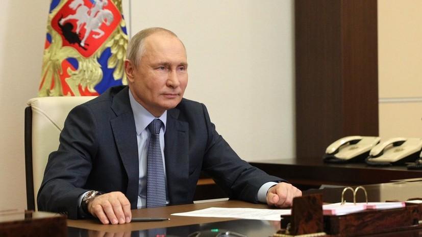 Путин внёс законопроект о продлении предельного срока службы генералов и маршалов