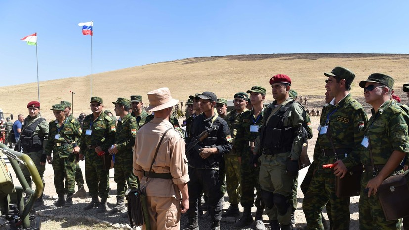 «Купировать любые провокации»: как Россия укрепляет свою военную базу в Таджикистане на фоне афганского обострения