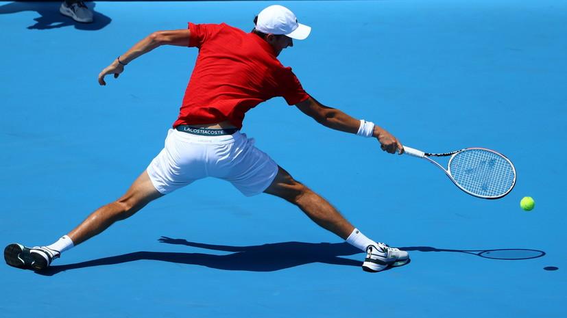 Медведев вышел во второй круг теннисного турнира на ОИ в Токио
