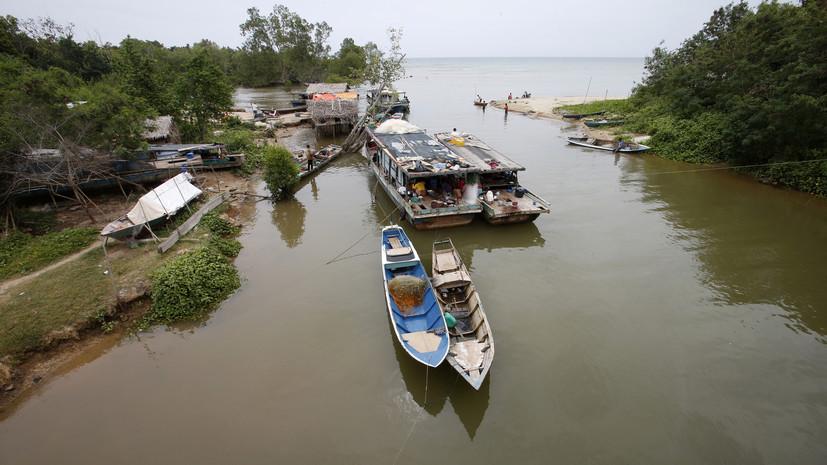 На Филиппинах эвакуировали 13 тысяч человек из-за повышения уровня воды в реке