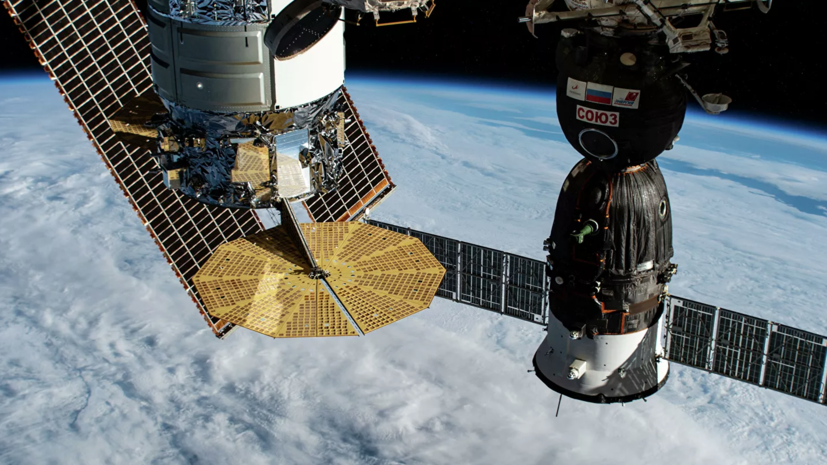 «Роскосмос» сообщил о коррекции орбиты модуля «Наука»