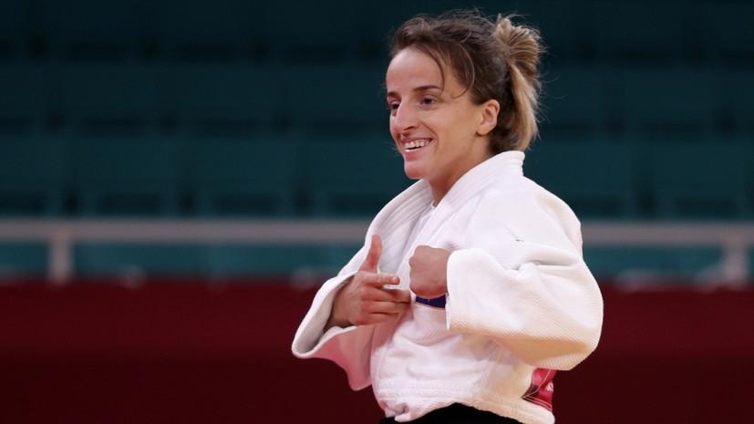 Дзюдоистка из Косова Красникизавоевала золото ОИ-2020 в категории до 48 кг