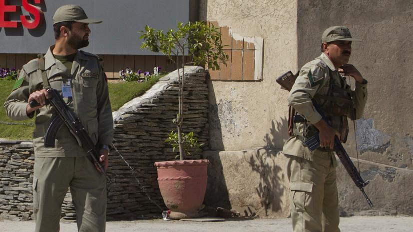 Армию Пакистана направили к границе с Афганистаном