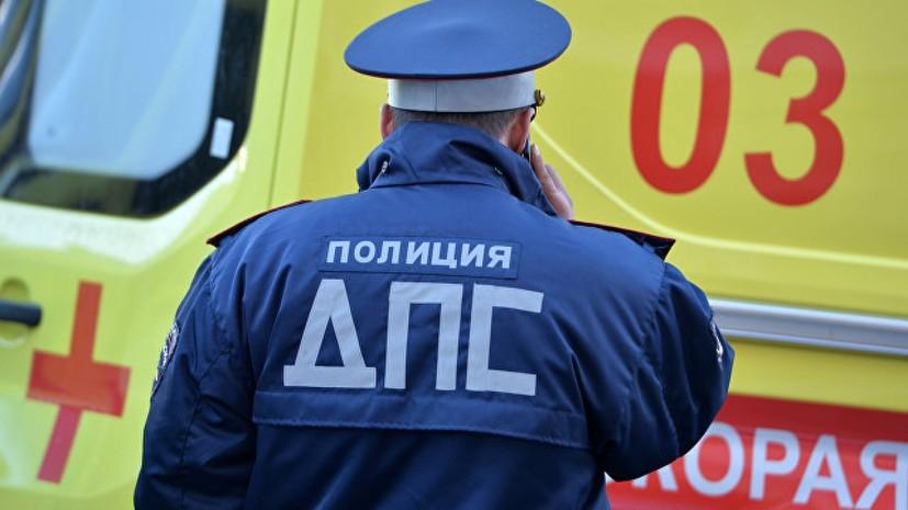 В Москве автобус попал в ДТП недалеко от здания МГУ