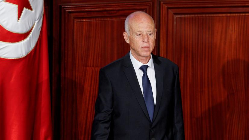 Президент Туниса освободил от должности главу национального телевидения