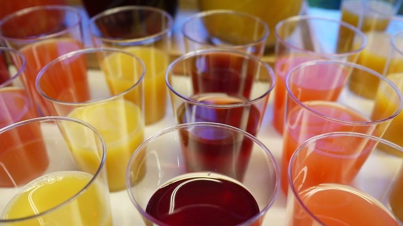 Названы самые популярные напитки в онлайн-заказах