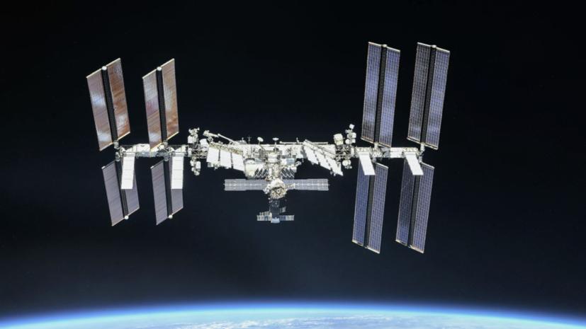 В переходной камере модуля «Звезда» на МКС упало давление