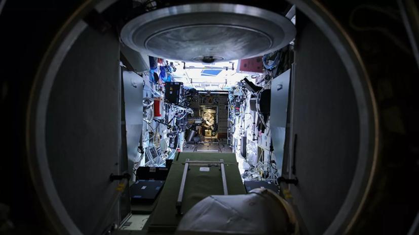 Давление в отсеке модуля «Звезда» на МКС поднимут в течение суток