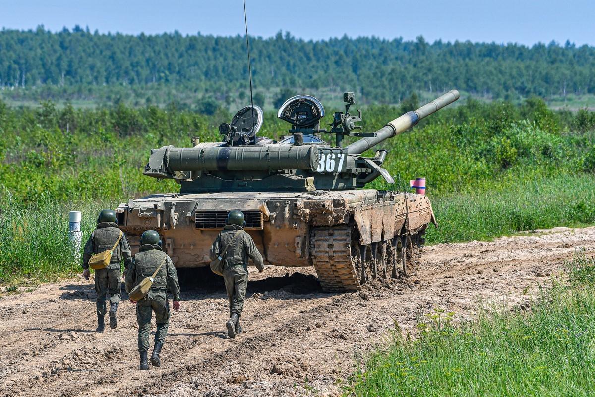 «Манёвром и огнём»: как «подводные марши» усиливают потенциал российских танковых войск2