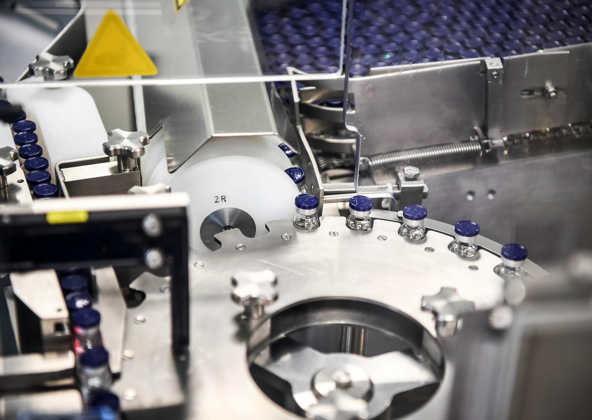 60ed500eae5ac915175b5d7e «Будет выпускать «Спутник V»: РФПИ договорился о сотрудничестве с крупнейшим мировым производителем вакцин