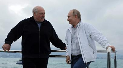 Песков объяснил, почему не анонсировалась встреча Путина и Лукашенко