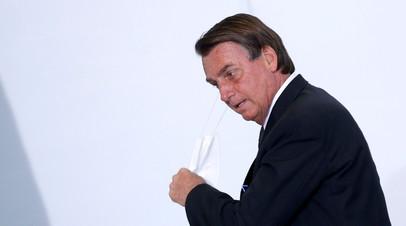 G1: президента Бразилии доставили в больницу