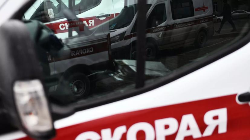 Пять человек пострадали при столкновении трёх автомобилей в Крыму