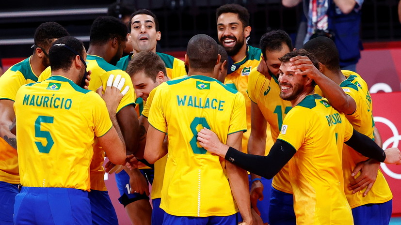 Российские волейболисты сыграют с Бразилией в полуфинале ОИ в Токио
