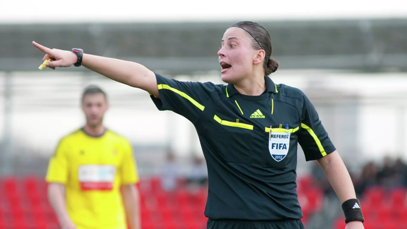Арбитр Пустовойтова рассудит финал женского футбольного турнира Олимпиды