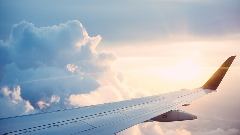 Самолёт Ан-12 вынужденно приземлился в аэропорту Перми