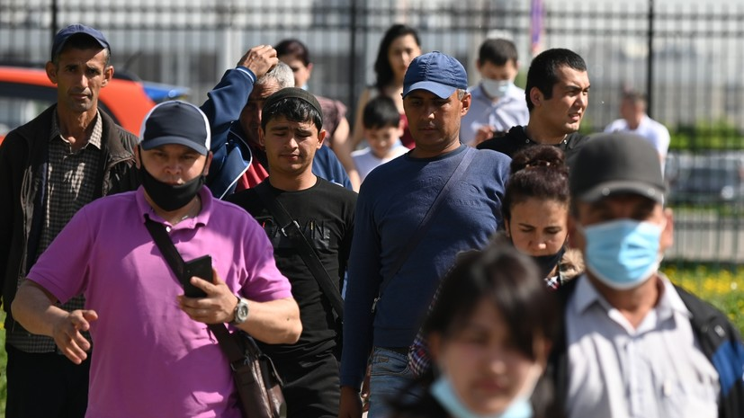 С 29 декабря трудовые мигранты в России будут подлежать дактилоскопии