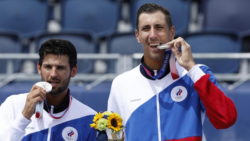 Матыцин поздравил Красильникова и Стояновского с серебром ОИ в пляжном волейболе