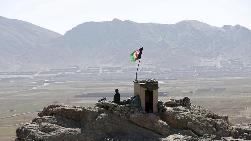 Трое пакистанских военных получили ранения на границе с Афганистаном