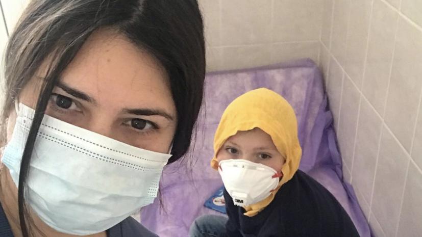 «Смогут ли чиновники сами дышать через день?»: как пациенты с муковисцидозом борются за исчезнувшее из России лекарство