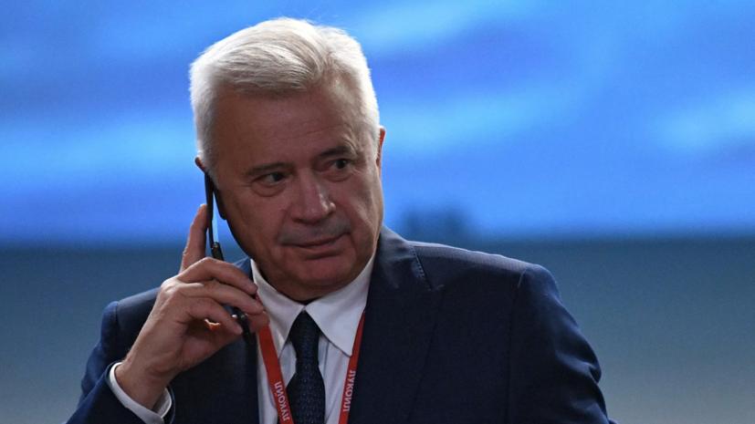 Ветераны «Спартака» попросили Алекперова навести порядок клубе